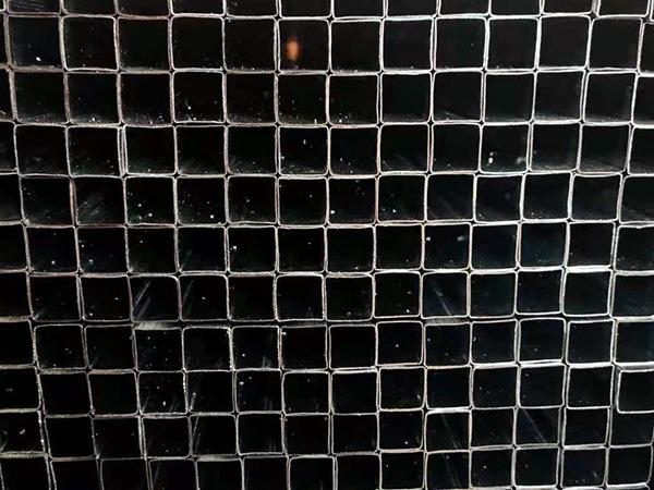 19x19镀锌护栏管