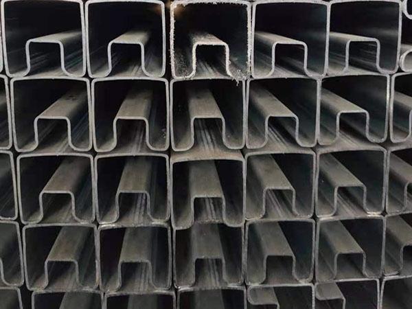凹槽护栏管